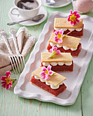 Custard rhubarb-strawberry slices with whipped cream