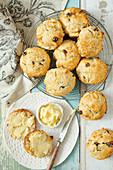 Apple raisin scones