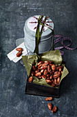 Caramelised punch almonds