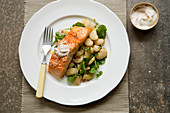 Salmon with butter beans and yoghurt