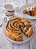 Twist cake with poppy seeds