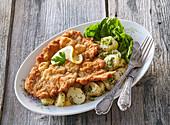 Vienesse schnitzel (Wiener Schnitzel)