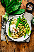 Spaghetti with green asparagus, burrata and wild garlic pesto