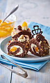 Cocoa roll with almonds with canned peaches