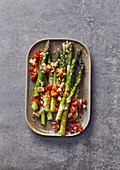 Asparagus gratin with walnuts