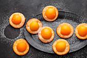 Mini apricot cakes