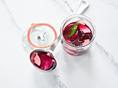 Fermented beetroot with apple