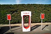 Tesla recharging point