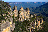 Three Sisters rock formation, Blue Mountains, Australia
