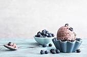 Veganes Blaubeer-Kokos-Eis