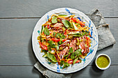 Beef salad with mint and bell pepper