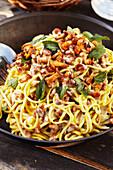 Noodle stir fry with chanterelles