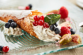 Waffle steaks with poppy-seed quark cream and fruit