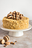 Napoleon cake with macarons