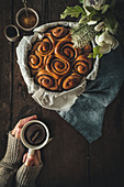 Cinnamon rolls and hot tea