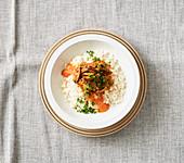Blumenkohlreis mit Seitan und Paprika-Sahne-Sauce