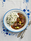 Roastbeef with cucumber sauce and rice