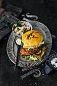 Hamburger with feta, dijonaise, apricot ketchup and grilled vegetables