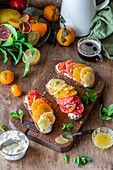 Citrus toasts with cream cheese and honey