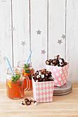 Chocolate popcorn with rhubarb iced tea