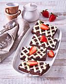 Lattice chocolate cake