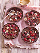 Cherry tartlets with chocolate