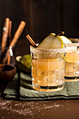 Pear and cinnamon Gin Fizz