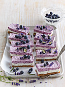 Non-baked blueberry cake with lavender No-Bake Blueberry and Lavender Cheesecake