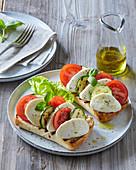Garlic baguette Caprese style