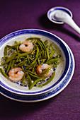 Brasenia schreberi and shrimp soup (China)