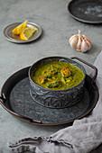 Palak Paneer mit Spinat und Käse (Indien)