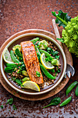 Salmon with lentils and green vegetables