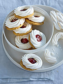 Linzer Christmas cookies with meringue