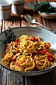 Schnelle Feta-Tomaten-Pasta