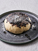 Yeast dumplings with poppy seed butter (vegan)