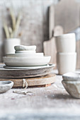 Tableware in natural shades