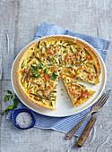 Onion and bean pizza with mozzarella