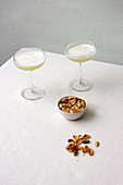 Ladylike - Dry-Shake Cocktail with pistachios