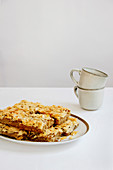 Almond Blondies - Fluffy almond bars with a crispy almond top