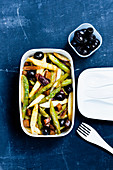 Asparagus salad the Andalusian way 'to go'