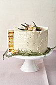 Poppy seed cake with quince jelly