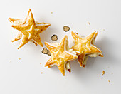 Puff pastry stars with potato filling and truffle butter
