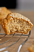 Muffins with sesame and flax