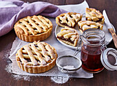 Small cakes with plum compote