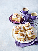 Lemon and nut slices for coffee