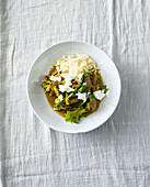 Lamb ragout with onion sauce and sheep's cheese