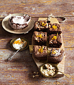 Almond brownies with orange flavour