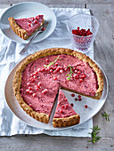 Cake with cranberry filling