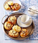 Joghurt-Kleingebäck mit Streuseln