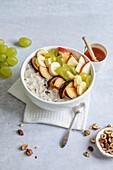Autumn apple porridge
